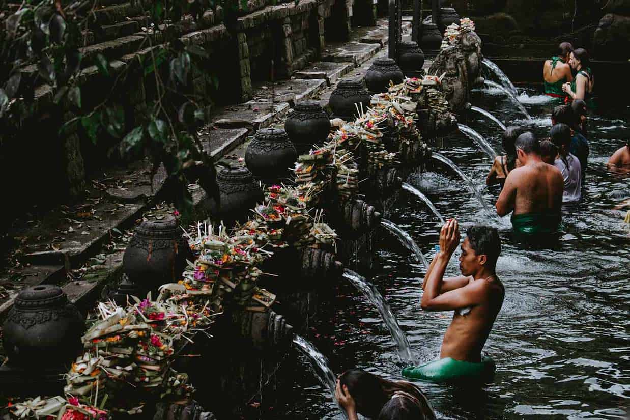 things to do in ubud bali tirta empul